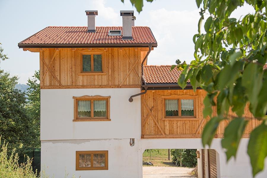 Sopraelevazione in legno pergine valsugana costruzioni girardi